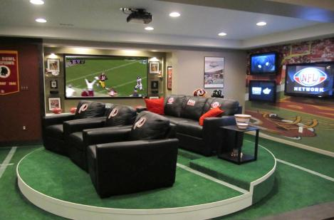 interior-ideas-glorious-black-faux-leather-sofas-with-green-full-areas-rug-in-man-caves-room-design-with-large-lcd-hang-on-grey-wall-painted-ideas-manly-y